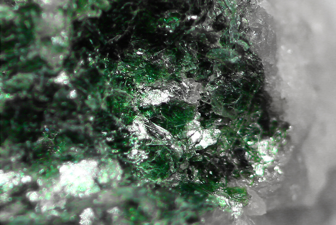 Green Muscovite Mica : World atlas of sands archive green mica is that